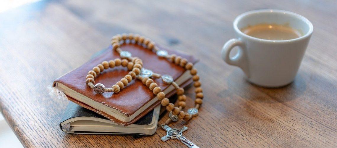 rosary-3857774_1280 (1)